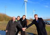 Wethouder Tollenaar opent windpark Hellegatsplein